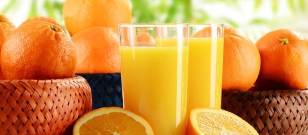 12,1% das laranjas analisadas apresentaram potencial risco agudo para a saúde