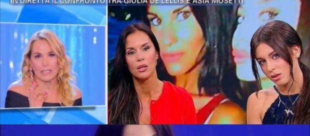 """Barbara D'Urso ha attaccato le Mosetti a """"Pomeriggio 5""""."""