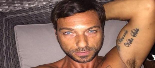 Costantino vitagliano contro Stefano Bettarini