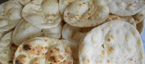 Round Rotis: Photo Credit: Wikipedia.com