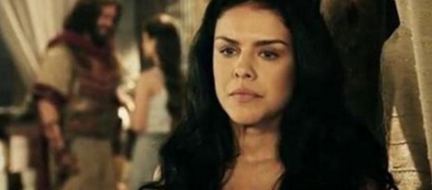 Samara fica revoltada ao saber que Josué ama Aruna e se torna a principal vilã da novela
