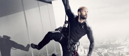 Jason Statham torna nei panni del killer Artur Bishop