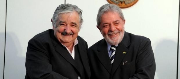 Ex-presidentes José Mujica e Luiz Inácio Lula da Silva