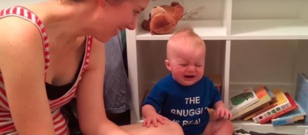 Infância: Leitores assíduos se identificarão com este bebê que chora quando o livro termina.
