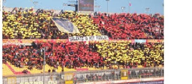 Si attendono tanti tifosi leccesi a Taranto.