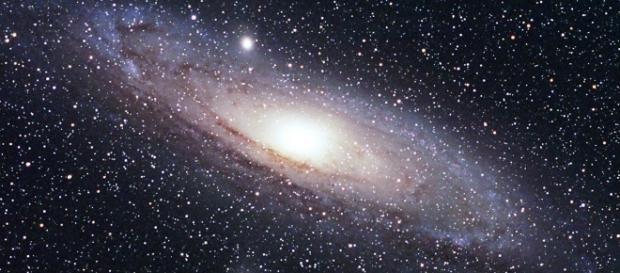 Una breve historia de las Estrellas. En la foto, una representación de galaxia.