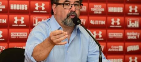 Marco Aurélio Cunha terá missão difícil para segurar treinador