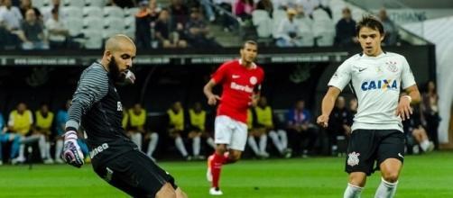 Danilo Fernandes salvou o Inter de uma derrota mais pesada e não economizou nas palavras