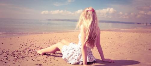 Dicas para manter os cabelos maravilhosos no verão.