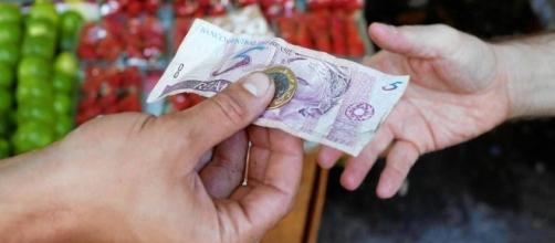 Mínima circulação de moedas vem atrapalhando no fornecimento de troco