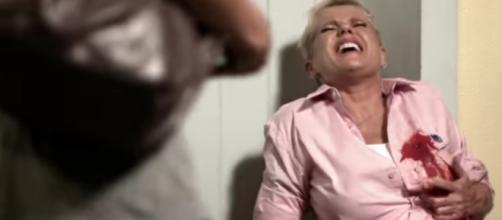 Xuxa é baleada em vídeo do 'Porta dos Fundos' e morre