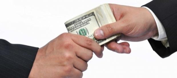 Corrupção no Brasil, um reflexo da sociedade?