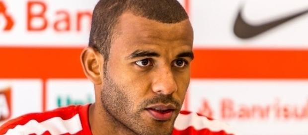Jogador de 28 anos pode ser o novo zagueiro do Corinthians