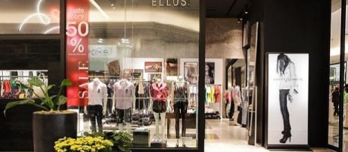 A inbrands está contratanto em todo o Brasil para lojas de alto padrão