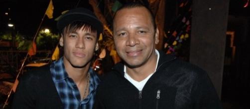 Neymar Jr e Neymar pai, acusados de corrupção, têm pedido de prisão expedido por MP espanhol