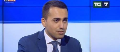 Ultime news scuola, mercoledì 23 novembre 2016: Di Maio attacca Renzi 'Il mondo della scuola è nero'