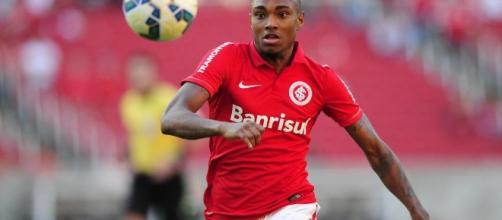 Vitinho deve deixar o Inter rumo ao Flamengo
