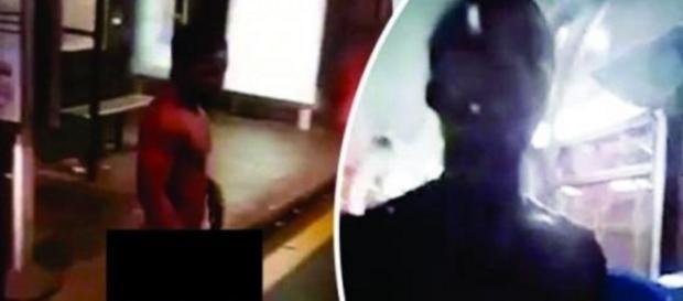 Homem invade 'busão' sem usar trajes