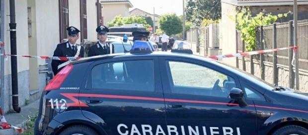 italiano uccide peruviana strangolandola davanti ai bambini