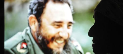 Fidel a quitté son île... Le roi est mort, vive le roi !