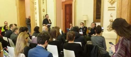 Gino Fienga della con-fine edizioni alla conferenza stampa di presentazione