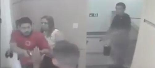 João Henrique foi com a esposa na joalheira, quando foi surpreendido por dois bandidos( Foto: reprodução YouTube)
