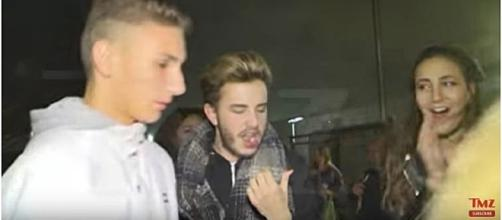 Justin Bieber punches fan in the face in Barcelona Spain / Screencap via TMZ Youtube