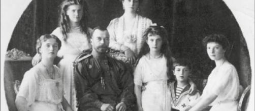 La familia Romanov al completo en 1913