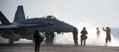 PHOTOS: US Navy serves up turkey alongside sorties on Thanksgiving - wbrz.com