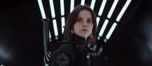 "Rogue One"" fans crash Fandango site during first day of advance ... - cbsnews.com"