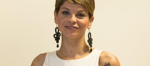 Alessandra Amoroso, nel suo nuovo album una canzone scritta con Elisa