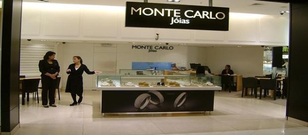 Joalheria Monte Carlo está contratando vendedores, mesmo sem experiência