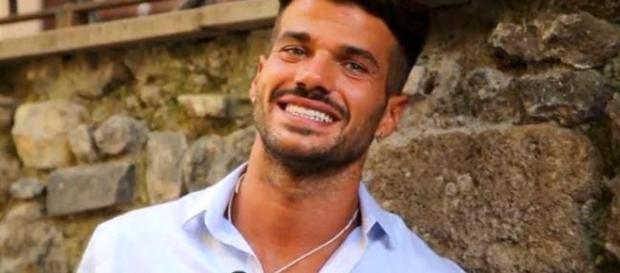 Uomini e Donne anticipazioni Trono Gay: Claudio Sona vicino alla ... - kontrokultura.it