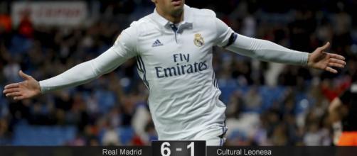 Celebración de uno de los goles de Mariano.