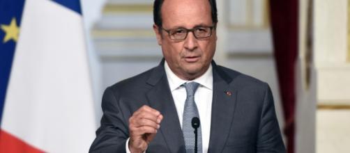 Francois Hollande annonce sa candidature