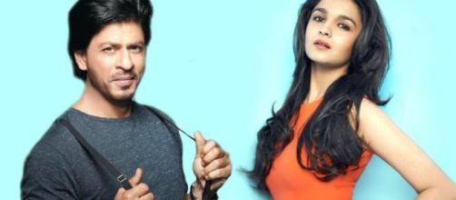 Shahrukh And Aliya's 'Dear Zindagi' Hit The Theatres - gagbrag.com