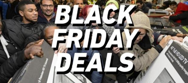 Black Friday Deals: The Best From the Web | Highsnobiety - highsnobiety.com