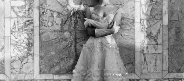 Foto Regina Relang per Sorelle Fontana, 1953