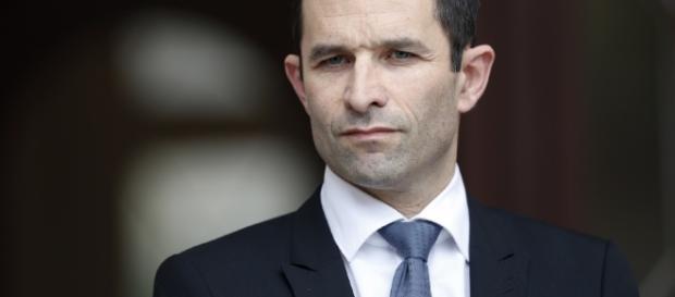 Primaire à gauche: Benoît Hamon dévoile son affiche de campagne - bfmtv.com