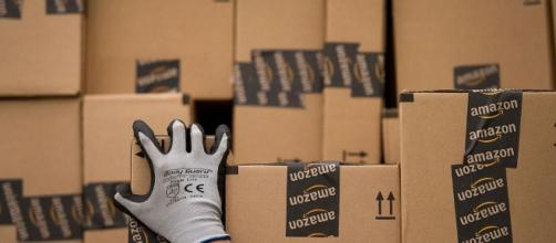Amazon deals out some big bargains on Cyber Monday - fortune.com