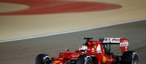 Formula 1 GP Bahrain: imprendibile Hamilton, ma è super Raikkonen - wakeupnews.eu