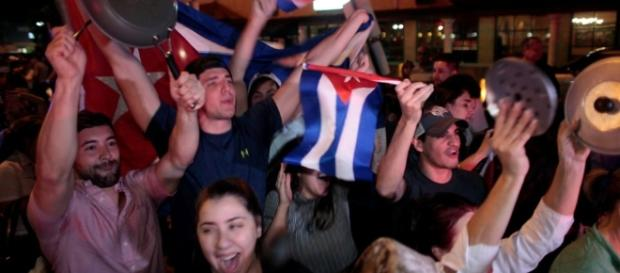 Cubans in the US celebrate death of Fidel Castro as world reacts ... - thesun.co.uk