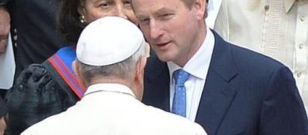 Enda Kenny hopes Pope Francis will visit Northern Ireland - BBC News - bbc.co.uk