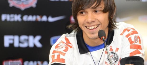 Romero completa 100 jogos contra o Atlético-PR