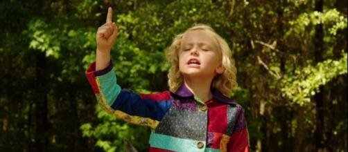 Dolly Parton's 'Coat of Many Colors' sequel - Photo: Blasting News Library - celebitchy.com