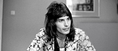 El nombre de Freddie Mercury surgió de una canción