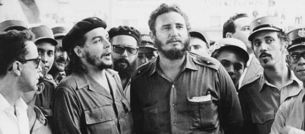 Fidel Castro insieme ad Ernesto 'Che' Guevara