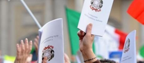 Costituzione: la via maestra - flcgil.it