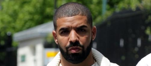 Drake - people are asking if you're dead, Bro / Photo via Twitter