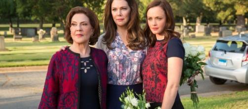 Gilmore Girls: A Year in the Life Review | POPSUGAR Entertainment - popsugar.com